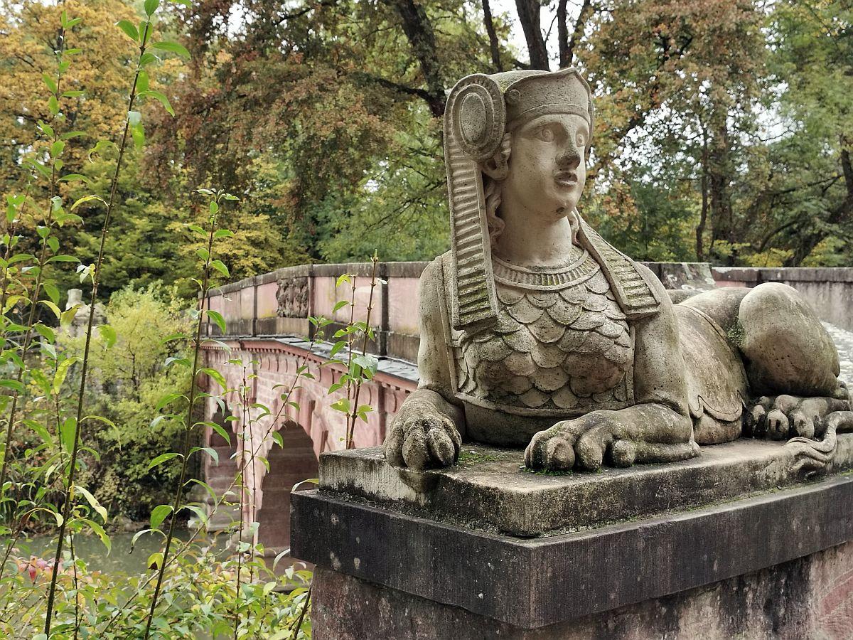 Park Schönbusch im Herbstkleid